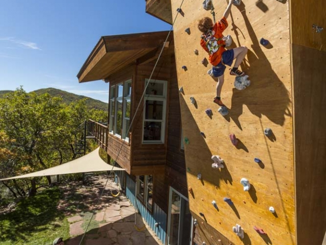 wagner-design-studio-elk-river-estates-climbing-wall-11