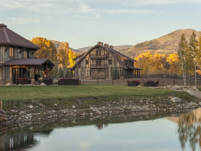 wagner-design-studio-equestrian-ranch-barn-03